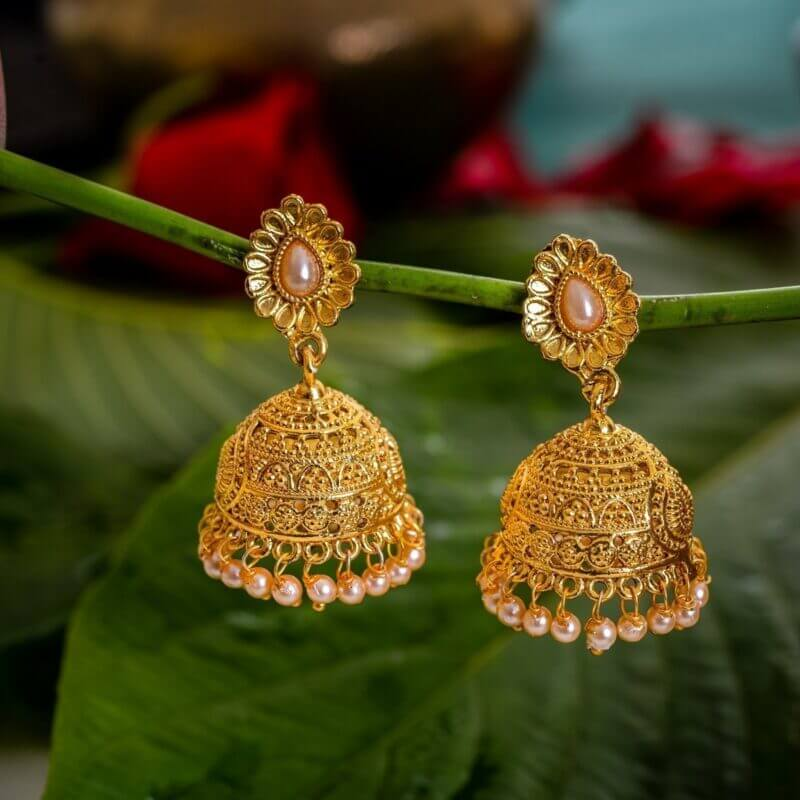 Tips to Remember While Buying Gold Earings & Jhumkas from Online Stores